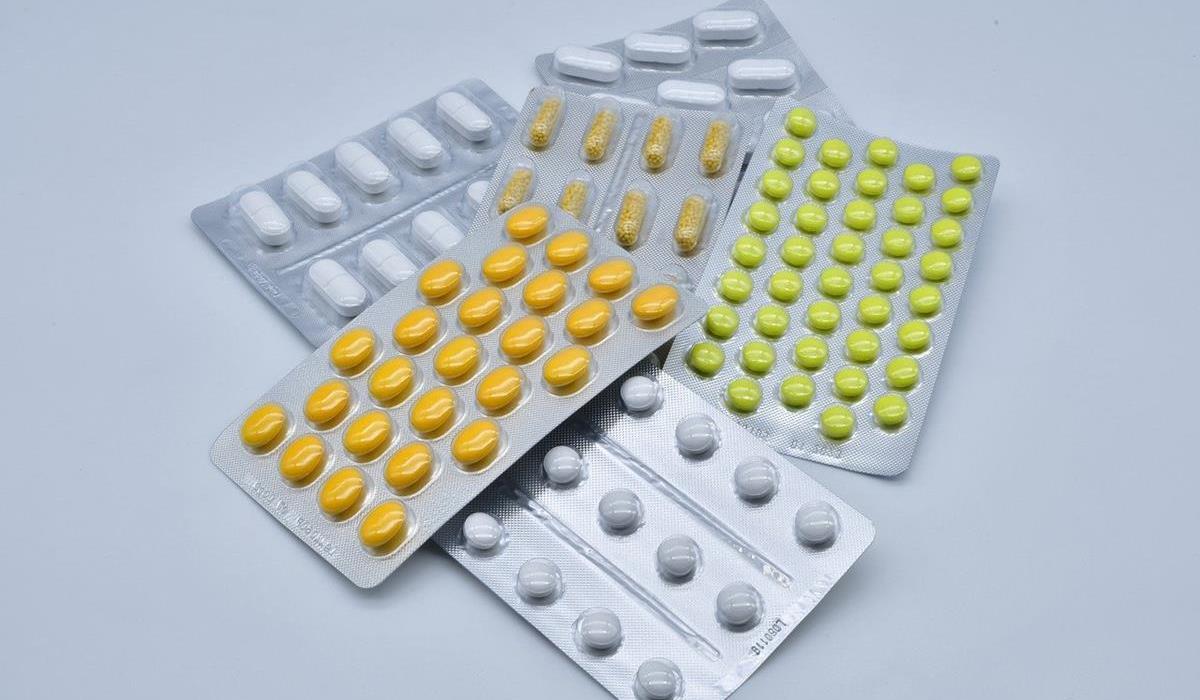 Ziołowe tabletki oczyszczające organizm